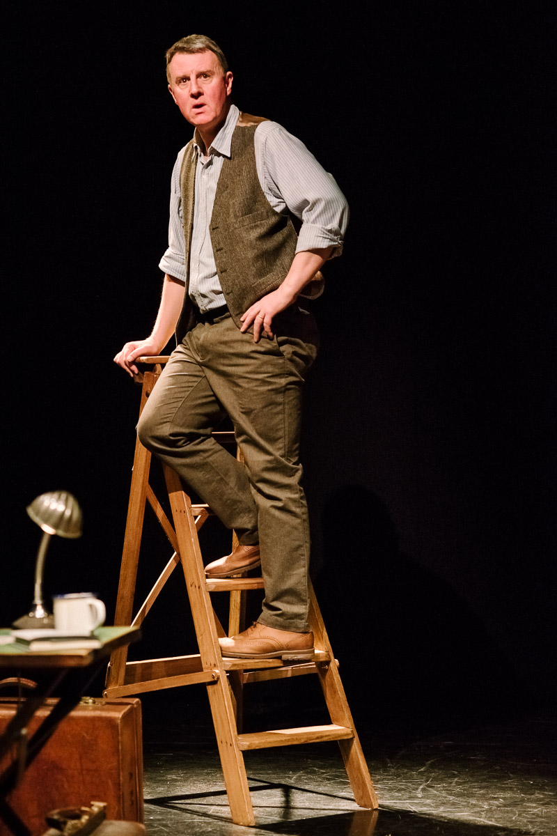 Ladder. Leaf by Niggle, April 2016, Puppet State Theatre Company. Photo by Brian Hartley.